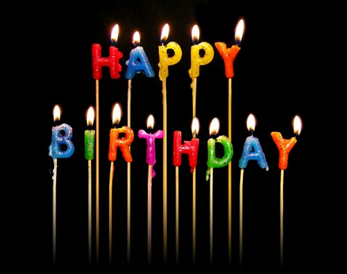Joyeux anniversaire - Page 10 Happy_birthday_en_bougies