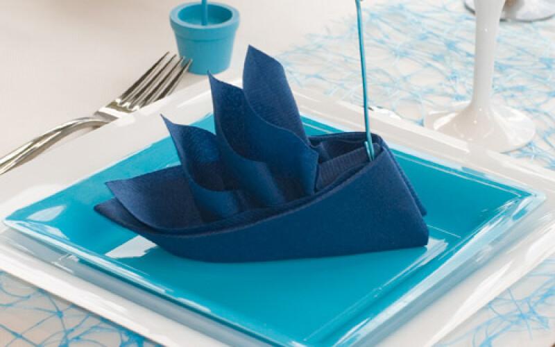 Soirée mer : organisez une soirée mer sur le thème bleu et blanc