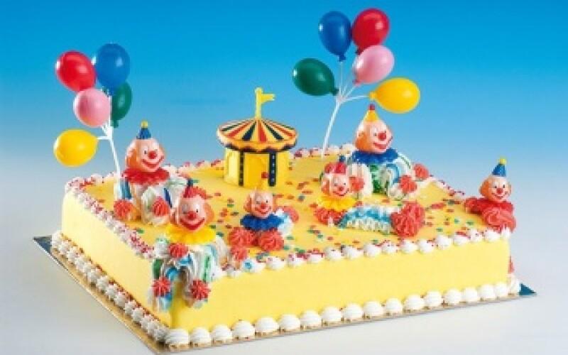 Anniversaire sur le thème de la fête foraine - Idée de thème pour anniversaire enfant