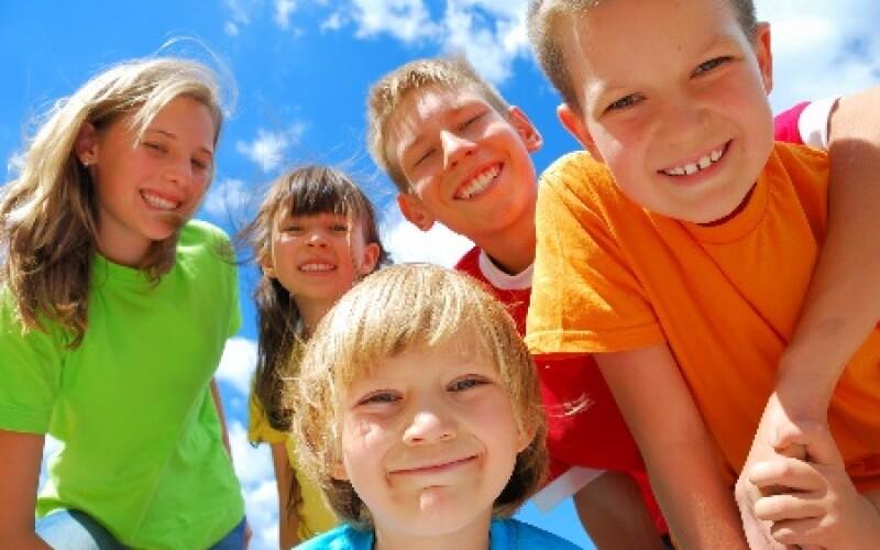 Citation anniversaire jeunesse : Top des meilleures citations sur la jeunesse de l'âge