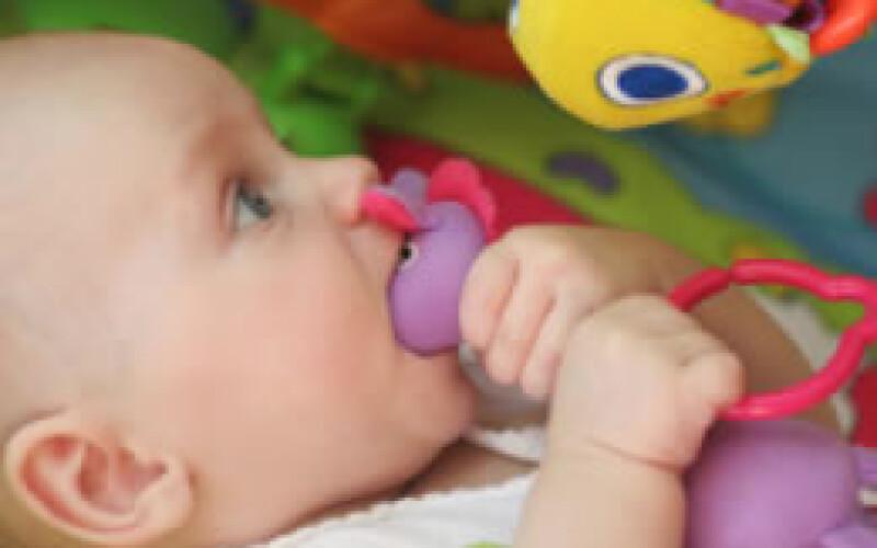 Les cadeaux et jeux pour bébé d'un an : bien choisir le jeu à leur offrir !