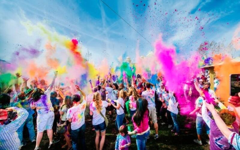 Les soirées Couleurs : Quelle couleur choisir pour ma soirée couleur ?