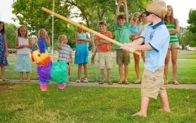 Réaliser une piñata anniversaire pour l'anniversaire de votre enfant