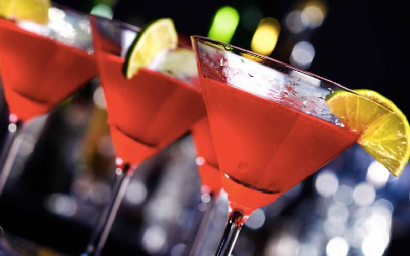 Recette du cocktail Cosmopolitan pour épater vos convives